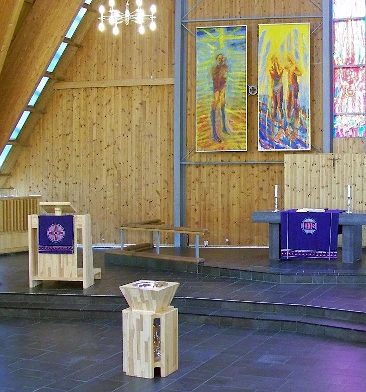 3. Volsdalen Kyrkje Døypefont, 2009, 91 x 50 x 50 cm